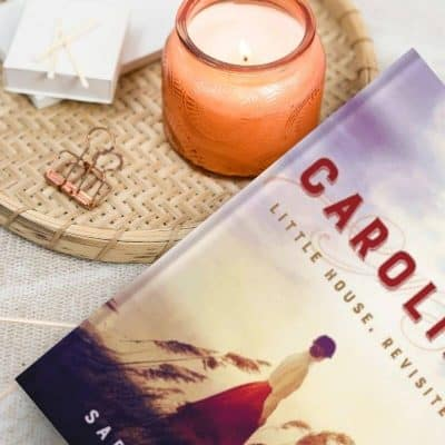 Cozy books. Caroline: Little House Revisited in a cozy scene